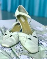 Disse skoene har vært i mitt eie i over 20 år - tenk at de er det perfekte fargematch for kjolen!