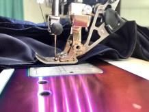 Min symaskin har overtransport, noe som gjør det enklere når flere lag stoff skal sys sammen