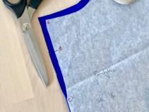 Forstykket legges mot fold og deretter klippes det ned til punkt C. OBS superviktig at du klipper hakk ved punkt B Jeg forklarer nærmere hvordan dette sys