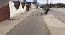 """'Trazan' una ciclo vía sobre una banqueta del Boulevard """"Morelos"""""""