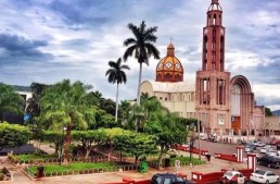 Cárteles hicieron de  Apatzingán, un basurero humano: Padre Goyo