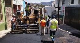 Concluye SICOM la donación de asfalto;  pavimentan 152 calles en la entidad