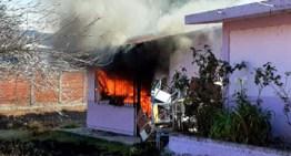 """Controlan incendio en la primaria del poblado """"Guadalupe"""""""