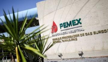 Pemex registra cuantiosas pérdidas;  pasivo laboral lo hunde