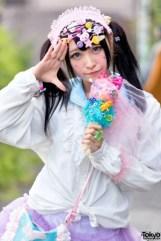 harajuku-decora-fashion-walk-15-015-300x450