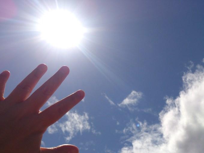 日焼け後のアフターケアが必要な理由