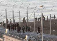 Melilla, spanyol enklávé 'biztonsági határzár' - 2