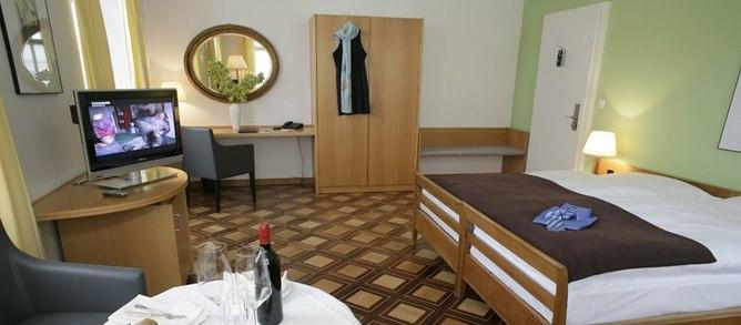 Winterthur hotelek sz ll sok foglal sa online egy nileg for Sorell hotel krone