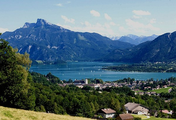 Mondsee Ausztria, a tóparti csoda