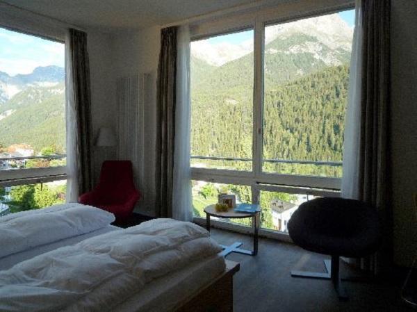 Scuol Hotel - szálloda