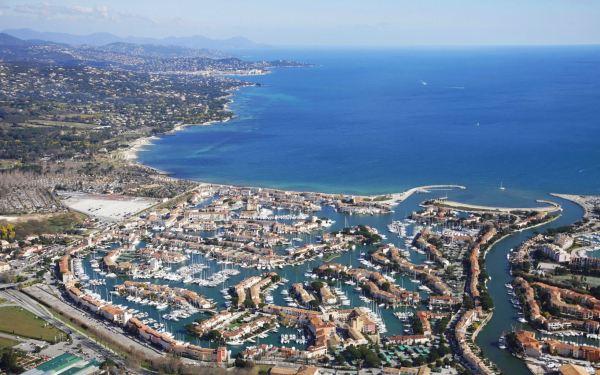 Kikötőváros - Port Grimaud