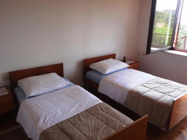 Apartman szállás különágyas hálószoba