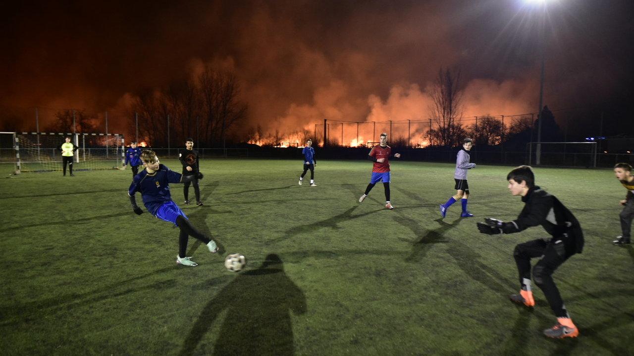 kistelek tűz foci fotó délmagyar