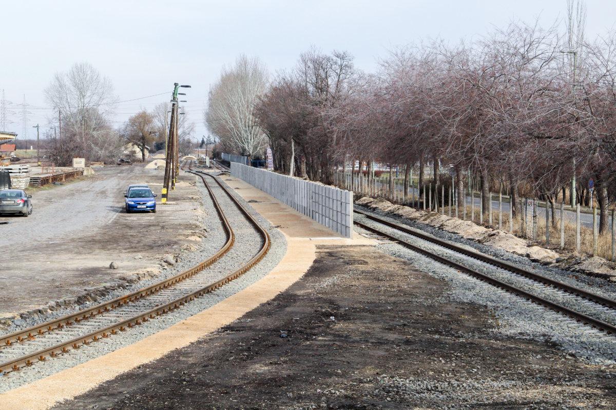 tram-train vasút sínek rókus