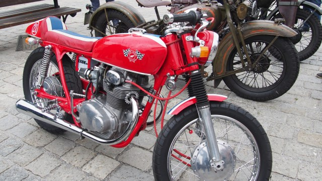 zabytkowy motocykl