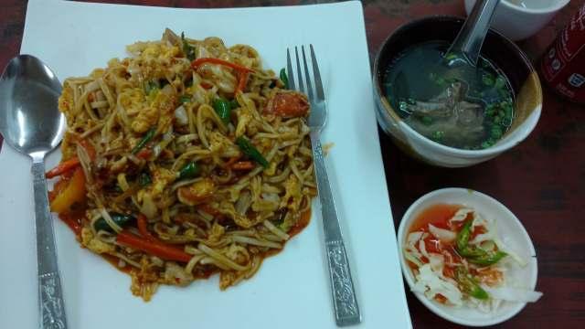 co jeść w bangkoku, tajskie jedzenie