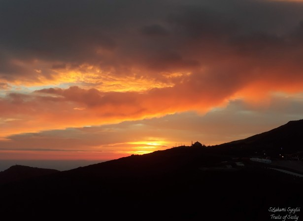 ETNA SUNSET WITH SICILIAN APERITIF