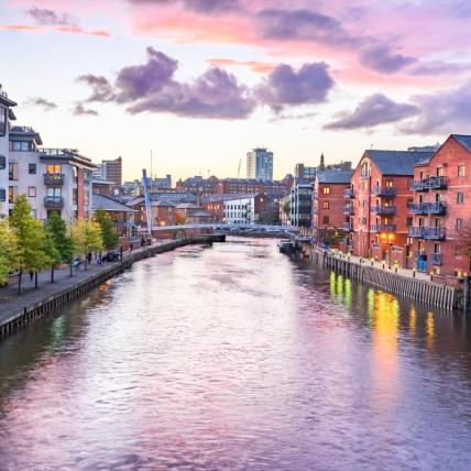 Top 5 reasons you will NEVER regret moving to Leeds!