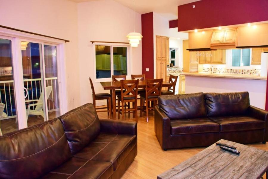 Longliner Lodge and Suites  Sitka  AK   Booking com Gallery image of this property