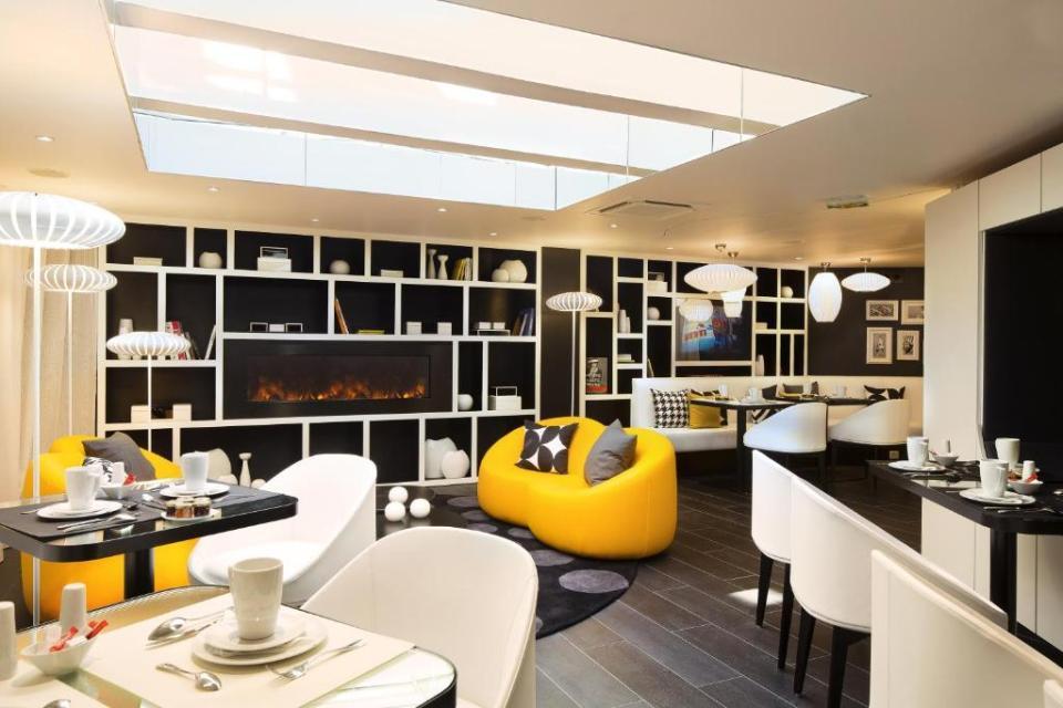 """""""Hotel Ekta Champs Elysées""""的图片搜索结果"""