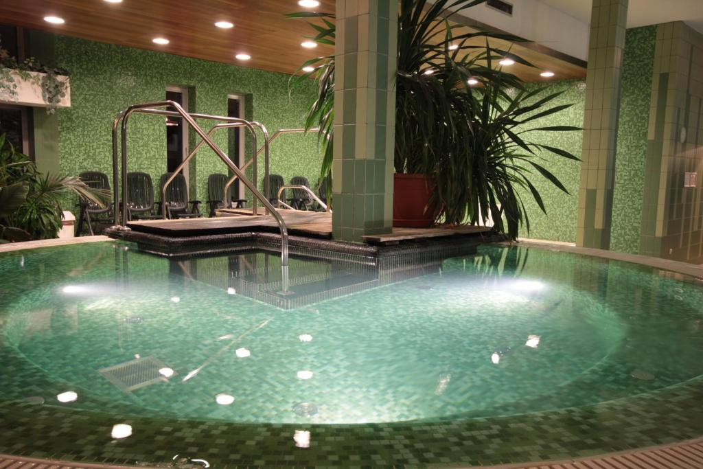 Luxury Spa Conference Hotel Siófok Hungary Booking Com
