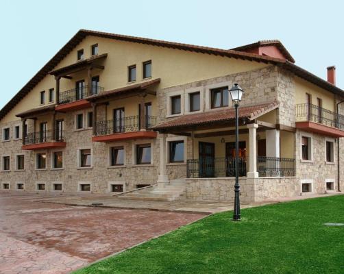 Hotels In San Martín De La Vega Del Alberche Castile And Leon