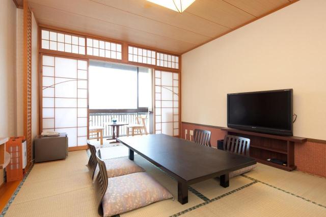 Resultado de imagen de hotel kikunoya miyajima rooms