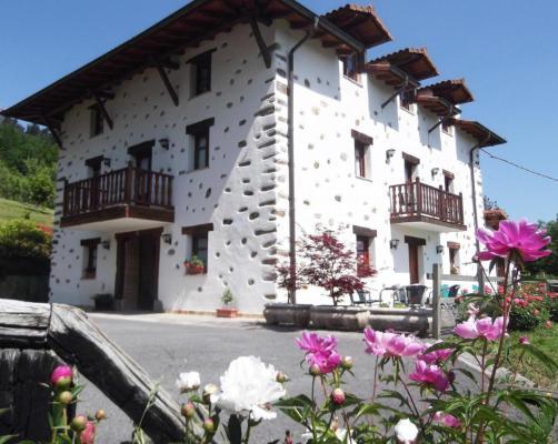 Guest Houses In Larrabetzu Basque Country