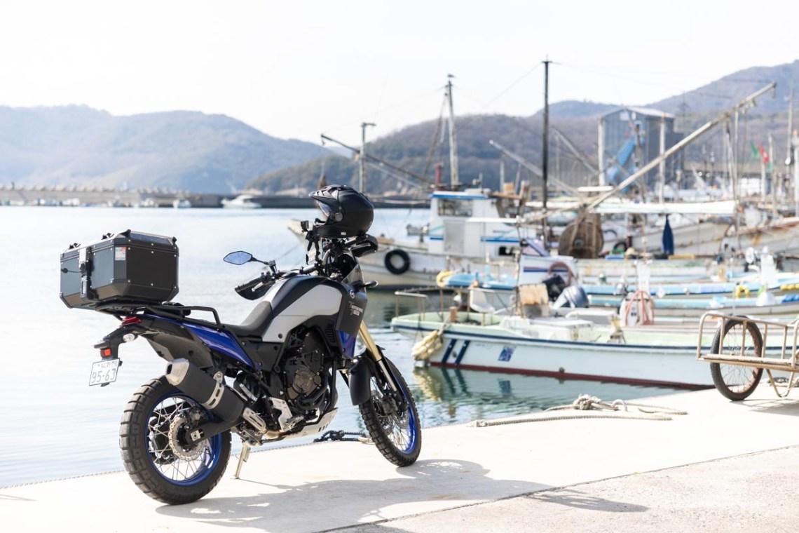 テネレ700で室津漁港に到着