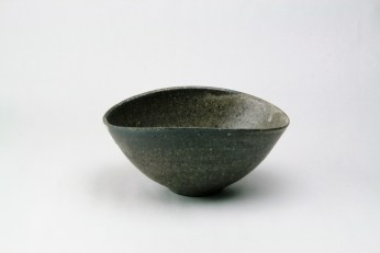 T-5 灰釉だ円小鉢