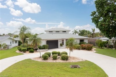 Cape Coral Open Direct Access Waterfront Pool Home