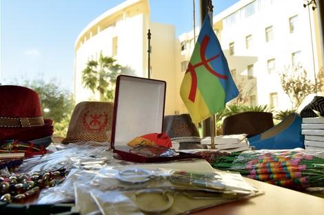 حرف تيفيناغ في الأوراق المالية يصادم سلفيين ونشطاء أمازيغيين