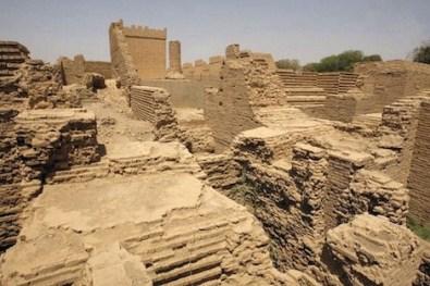 babylone_745788413 منقبون يكتشفون الجزء المفقود من تاريخ  بابل أدب و فنون