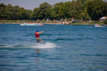 Wasserskier am Friedberger See