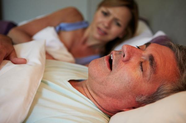 فتح الفم أثناء النوم علاج
