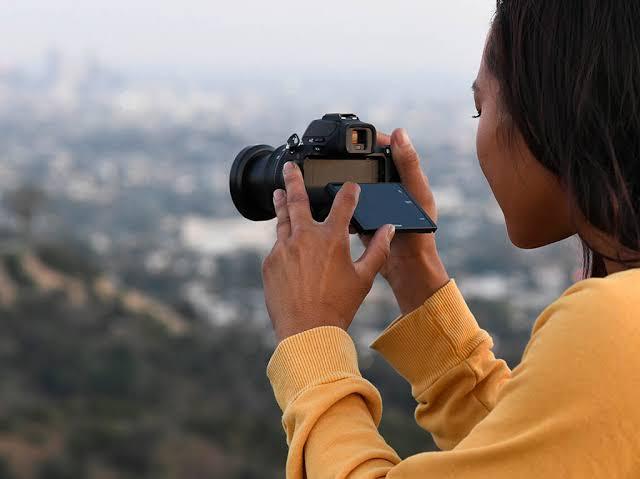 """Resultado de imagen de Nikon Z50 pantalla"""""""