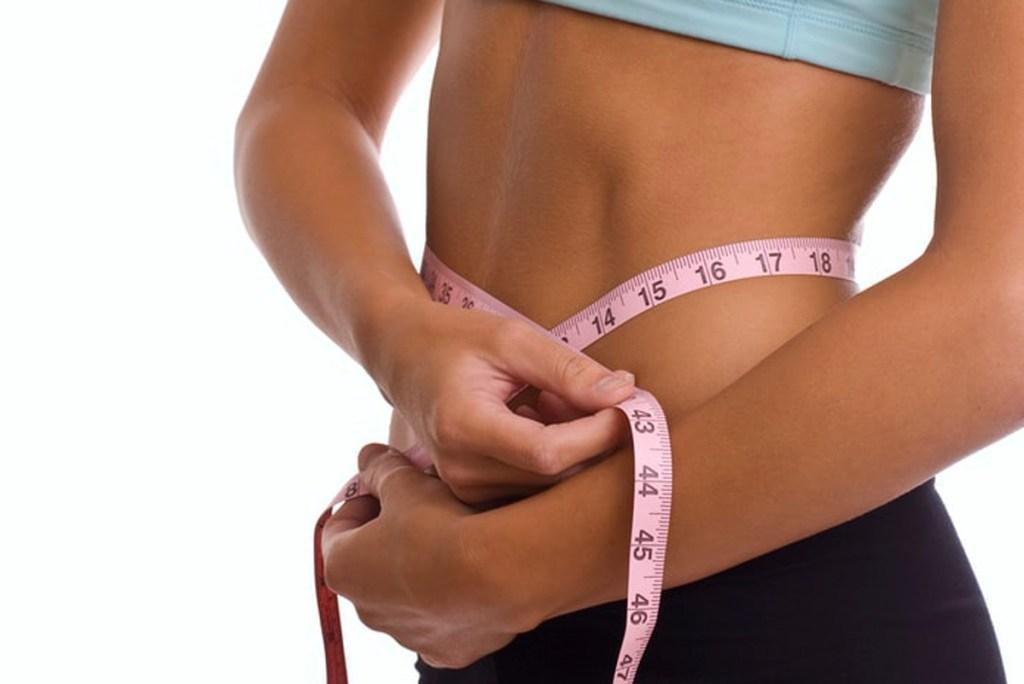 Pierde grasa abdominal con estos consejos, trucos y gadgets