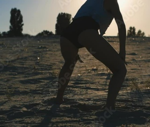 Booty Shake In The Professional Performance Of Young Sexy Woman Stock Footage And Royalty Free Videos On Fotolia Com Vid 117766940