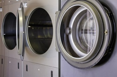 Industrial washing machines for cleaning clothes