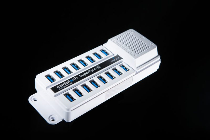 SUPERSYNC15 Universal 15-port USB 3.0 HUB