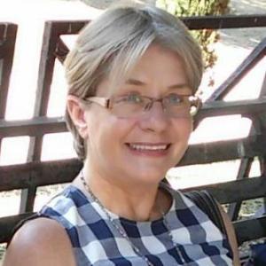 Mrs Beth Dahan