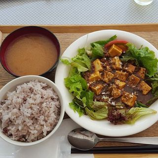 _________Set_meal__mapo_dofu_with_rice_and_mi.jpg