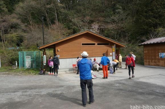 陣馬高原トイレ