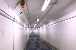 衣浦トンネル人道