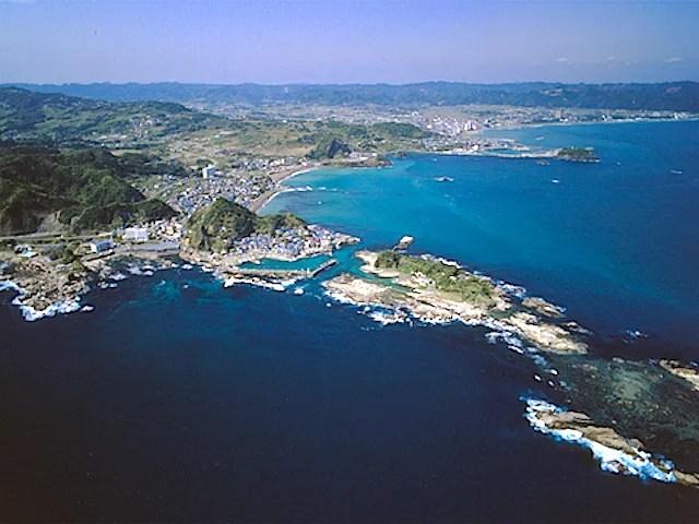 空から見た仁右衛門島