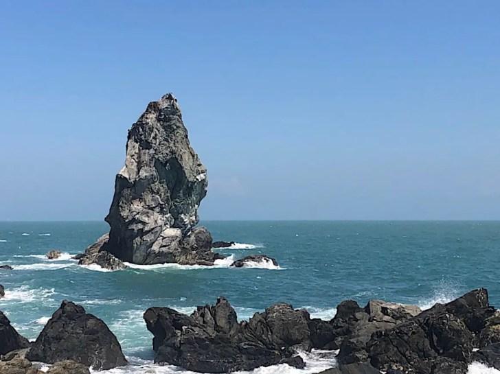 沼島・上立神岩