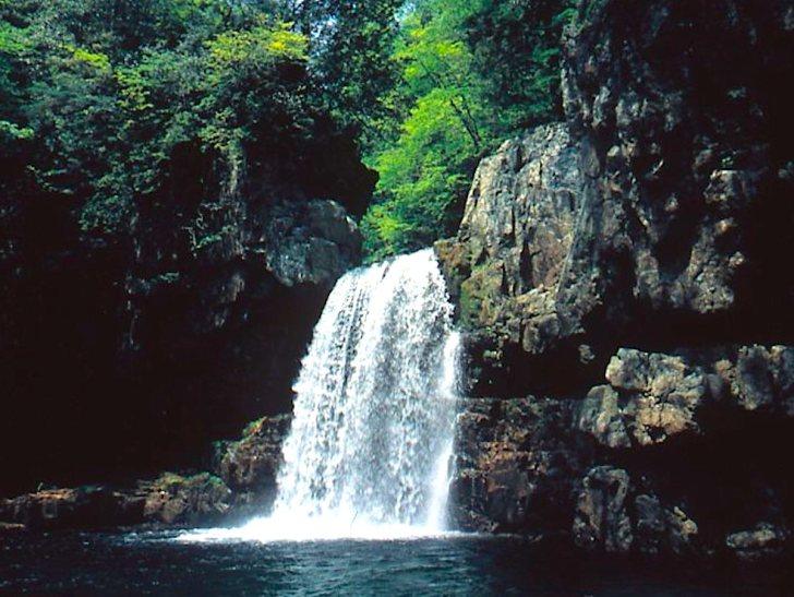 二段滝(三段峡)