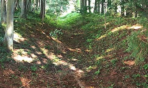 革籠原の防塁跡