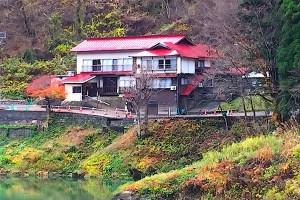 旅館鶴亀荘