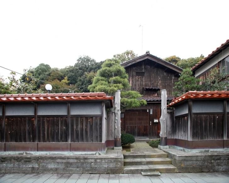 加賀市加賀橋立伝統的建造物群保存地区(橋立の船主集落)